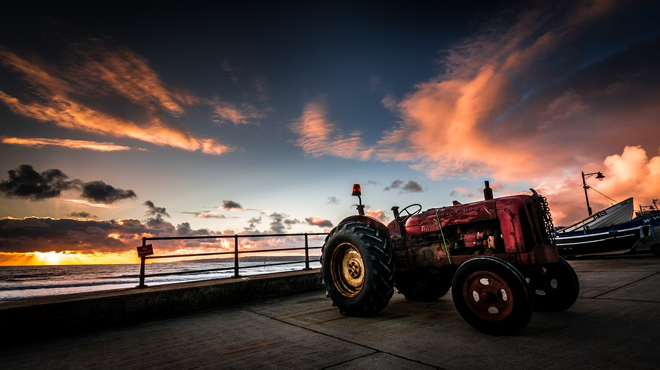 tractor-2710774_960_720